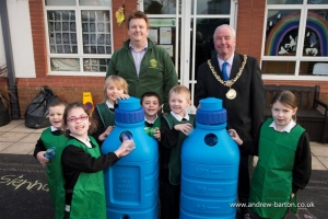 Mayor provides solution to primary school's bottled-up demand for recycling