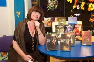 'Kelly' sighted at Henry Bloom Noble Library